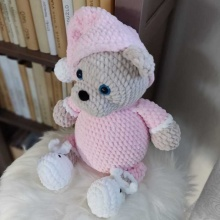 Háčkovaný medvídek Růžička 35cm