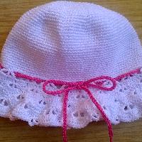 Háčkovaný klobouk s mašličkou bavlna