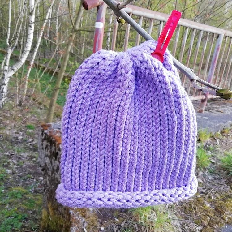 Pletená čepice skladem světle fialová