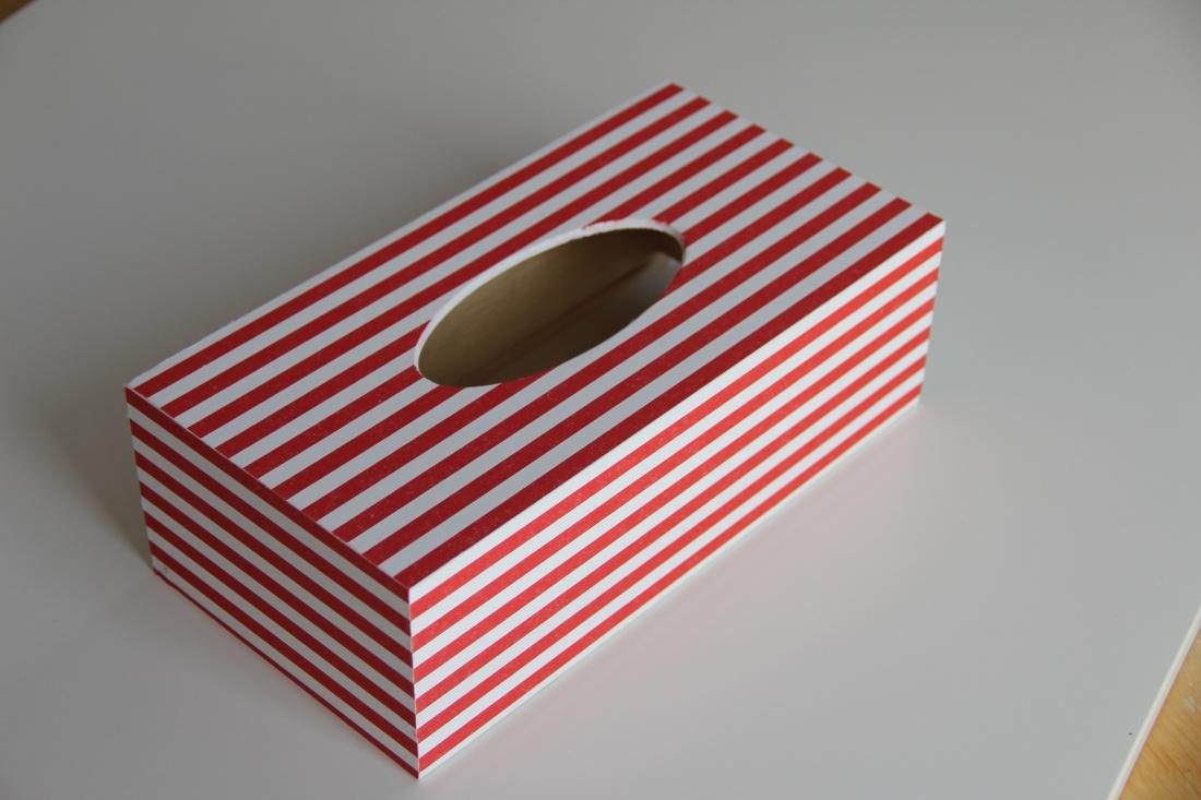 Námořnická krabička na kapesníky