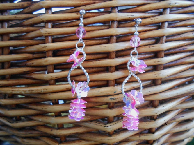 Náušnice barvy stříbrné s růžovými kytičkami (271/19)