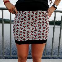 Šitá sukně trojúhelníky skladem