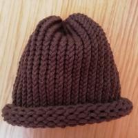Pletená čepice skladem hnědá