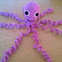 Háčkovaná chobotnička sv.fialová bavlna
