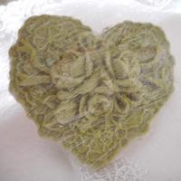 mýdlo - zelené srdce s růžemi