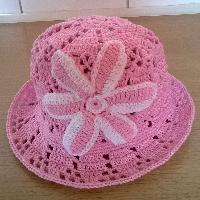 Háčkovaný klobouček bavlna