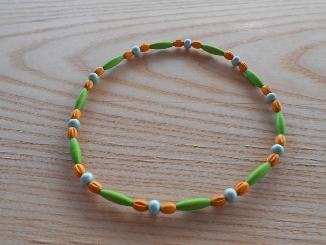 Korále dřevěné zelená+zelenkavá+oranžová (74/19)