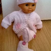 Háčkovaná soupravička pro panenku nebo miminko