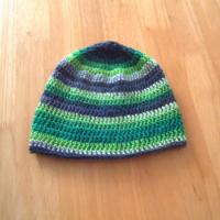 Čepice háčkovaná melírovaná šedá a zelená