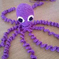 Háčkovaná chobotnička fialová