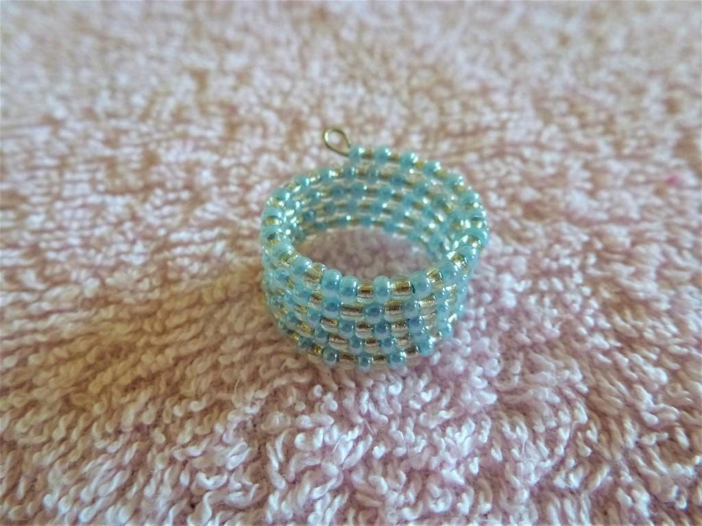 Stříbrnomodrý prsten