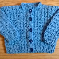 Pletený kabátek (svetřík)