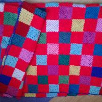 Háčkovaná deka,přehoz 150×200cm.